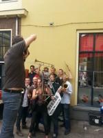 Knarsetand Groepsfoto voor de Music Maker